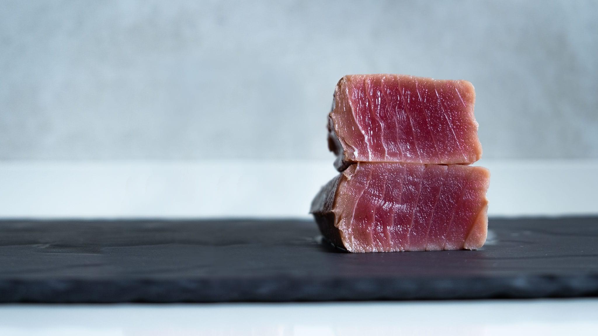 Trancio di tonno cotto in sottovuoto
